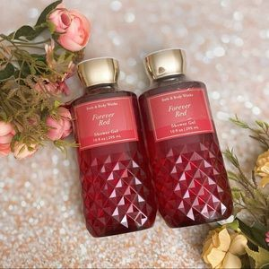 Bath and body works bbw forever red shower gels x2